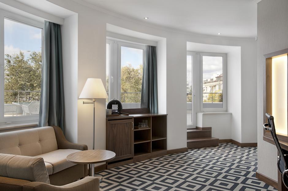 Desighned with your comfort in mind this spacious suite and it's facilities will quarantee an enjoyable stay.